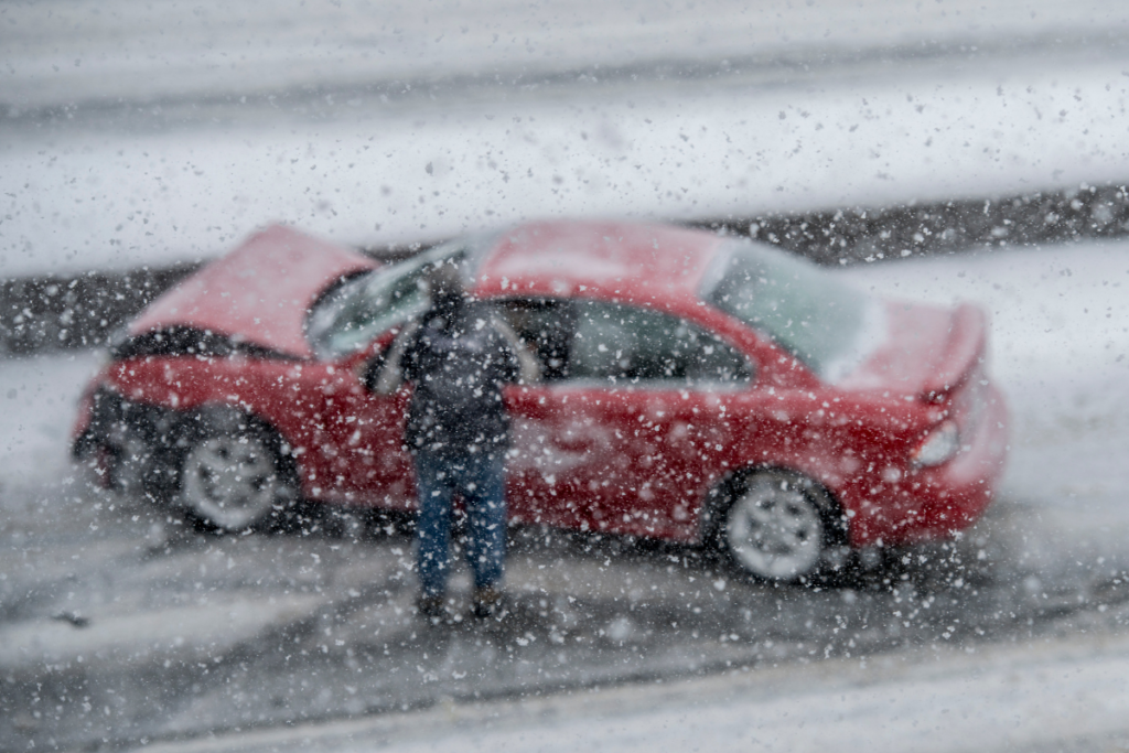 Winter Tips for Avoiding A Motor Vehicle Accident